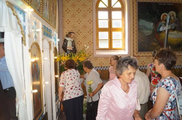 Hram la Căpleni la biserica românească Sf.Anton