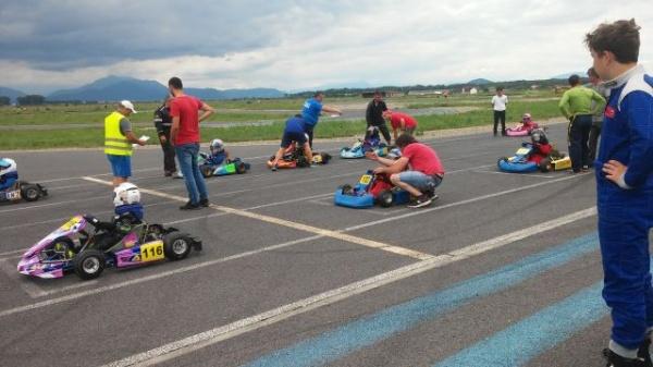 Karting. Rezultate bune pentru elevii lui Mille Ioan