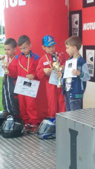 Karting: elevii lui Ioan Mille revin de la Bacău cu Menţiune