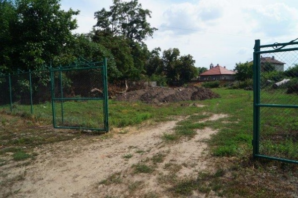 Construcţie ilegală în Parcul Dendrologic monument istoric din Carei