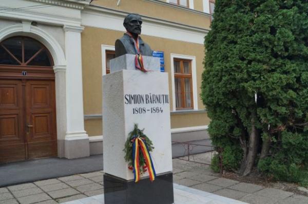 """210 ani de la naşterea lui Simion Bărnuţiu…""""Țineti cu poporul, toți, ca să nu rătăciți!,,"""