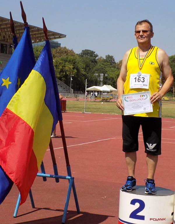 Nicuşor Jurj confirmă că vârsta nu e un impediment ca să faci performanţă în sport. Vicecampion naţional la săritura în lungime