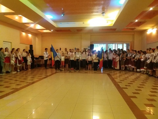 """România Mare, """"Acasă la noi"""". Aprecieri pentru tinerii de la ASTRA Carei"""