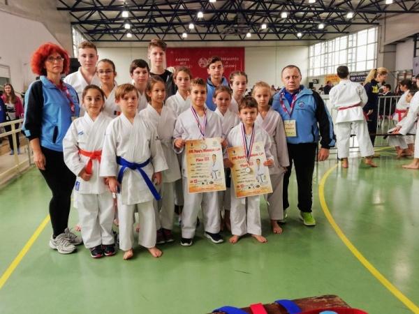 Karate. Sportivii de la Sakura Carei revin de la Salonta cu medalii