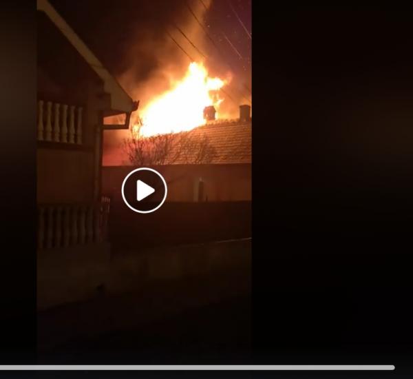 Dezastrul de după incendiul la cele 2 case de locuit din Carei