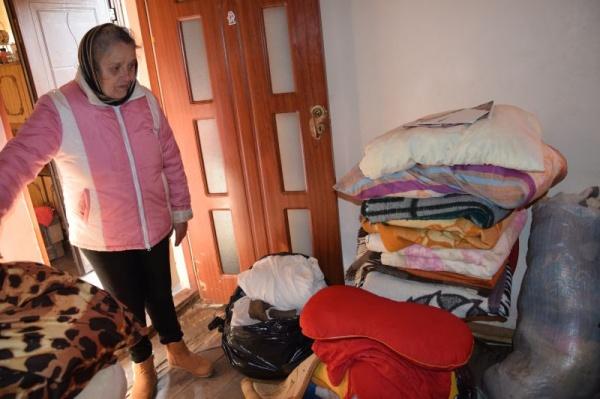 Pături și haine groase pentru cei afectați de incendiul de la Carei