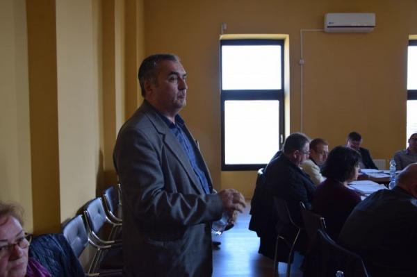 Primarul Kovacs îl trage de urechi pe directorul Moldovan de la Școala Gimnazială nr.1 Carei