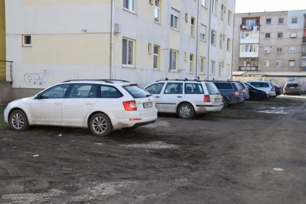 Primăria Carei și anunțul superficial despre parcările cu plată