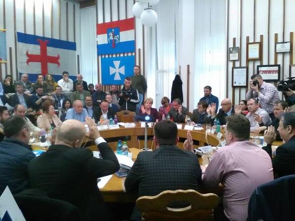 Sătmărean împiedicat să intre la ședința publică a Consiliului Local depune plângere la Parchet
