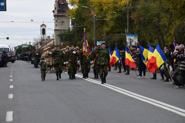 Activităţi organizate de Ministerul Apărării Naţionale în garnizoanele Turda, Oradea. Vizită la Carei