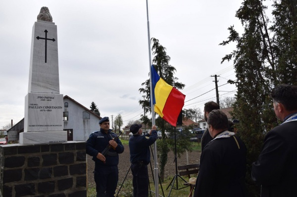 Ceremonial religios și militar la Păulian