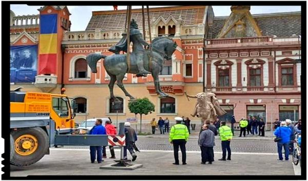 Garnizoana Oradea nu participă la dezvelirea statuii regelui Ferdinand