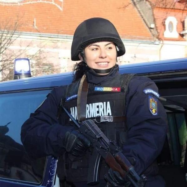 LA MULȚI ANI Jandarmeriei Române!