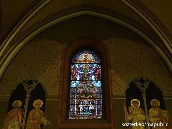 În atenția fostului consilier Megyeri. Cruce ,,legionară,, în biserica Sf.Margareta din Budapesta