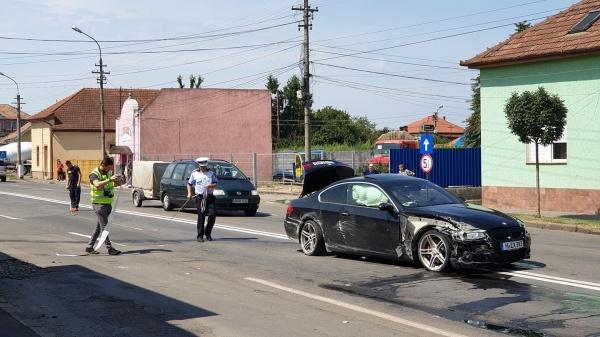 Poliția informează…Sancțiuni, o infracțiune și un accident la Carei