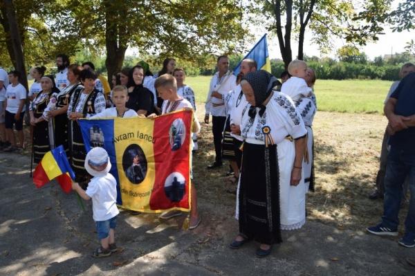 Istoria pe note a refugiaților români din 1940 din satul Scărișoara Nouă. VIDEO