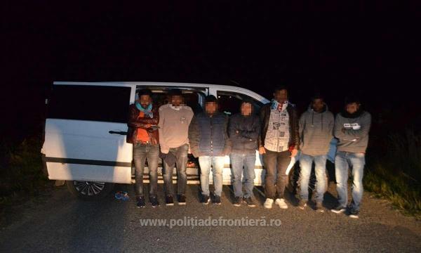 Călăuze ucrainene şi migranți asiatici, depistaţi la frontiera cu Ungaria