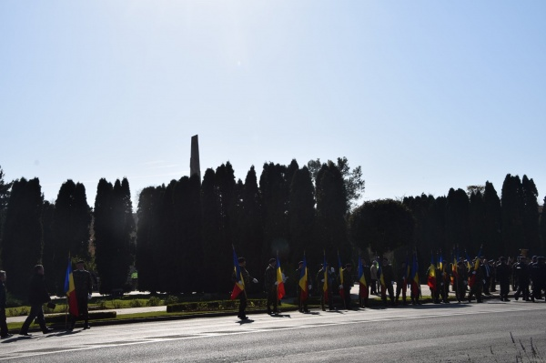 Atacuri fără precedent la adresa Monumentului Ostașului Român din Carei și a românilor cu spirit civic