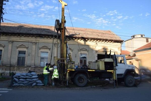 Lucrări la conductele de gaz de pe strada Iuliu Maniu