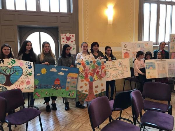 Elevi careieni la expoziția organizată la Casa Meșteșugarilor Satu Mare
