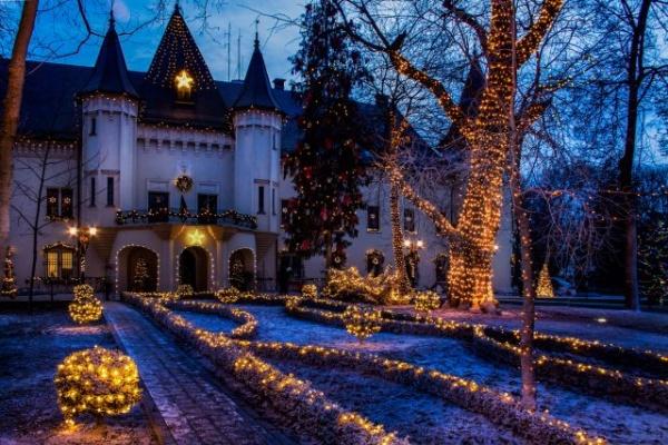 Programul de vizitare a Castelului Károlyi și Muzeului Municipal Carei în perioada Sărbătorilor de Iarnă