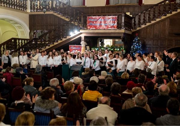 Colinde maghiare, șvăbești și latine la Festivalul coral Magia Crăciunului