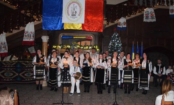 Colinde arhaice din Scărișoara Nouă la Festivalul de Datini ASTRA Carei 2019