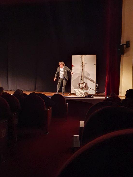 Teatrul privat ARARAT și spectacolul  ,,Pe mine mie …, redă-mă,, de Ziua Culturii Naționale la Carei