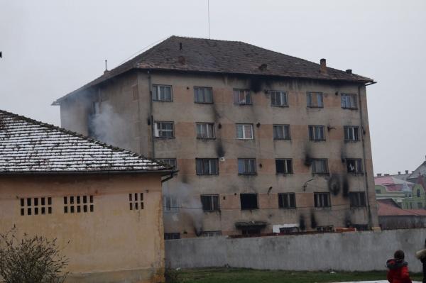 Despre securitatea la incendiu în imobilele cu zeci de familii
