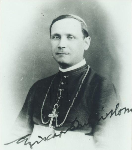 Cardinalul Iuliu Hossu. A dat citire proclamației Marii Uniri