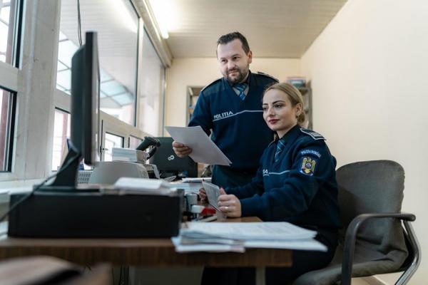 Poliția va desfășura și activități on line