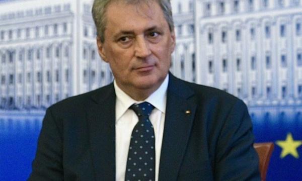 Ministrul de Interne Vela  aduce Codul Penal la frontiere: Cei care mint trebuie să știe la ce să se aștepte