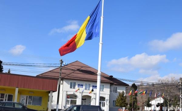 Nici în județul Maramureș nu este interzis pe domeniul public Catargul cu Steag Românesc