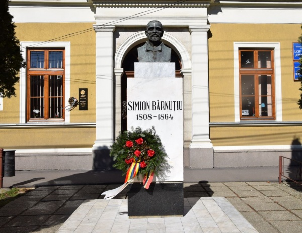 Aniversăm 212 ani de la nașterea lui Simion Bărnuțiu, elev eminent al liceului piarist din Carei