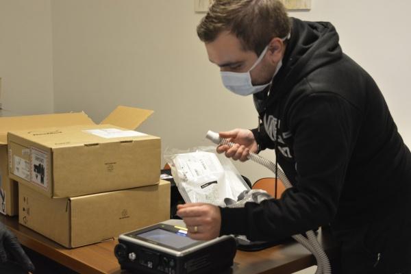 Trei aparate portabile de ventilație vor ajunge la Spitalul suport Carei