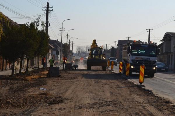 Glasul specialiștilor față de lucrările de refacere a drumurilor din Carei