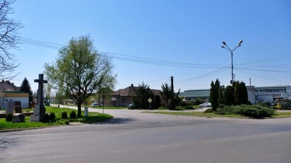 Noi indicatoare de circulație la intersecţia străzilor Petofi Sandor, Someş şi Uzinei