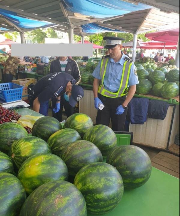 Poliția a confiscat 627 kg pepene verde