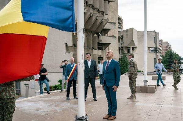 Ziua Drapelului în cele două municipii din județul Satu Mare conduse de UDMR
