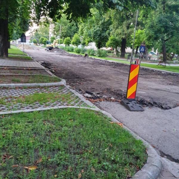 Piatră cubică în loc de asfalt pe strada 1 Decembrie 1918 Carei. Primarul reclamă Proiect Tehnic cu deficiențe