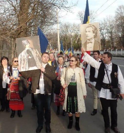 Se interzic poeziile  lui Mihai Eminescu? Plângere penală pentru ,,Doina,,