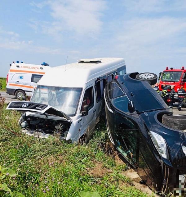 Accident cu 7 victime la Dindeștiu-Mic