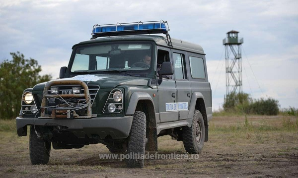 Polițiștii de frontieră din Carei au depistat doi nigerieni la Foieni