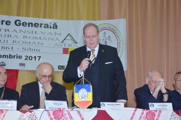 A trecut la cele veșnice vicepreședintele Academiei Române Alexandru Surdu