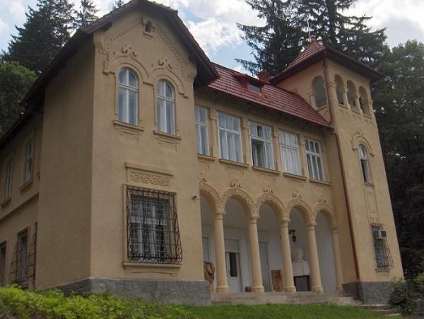 S-a făcut dreptate. Castelul Octavian Goga rămâne în proprietatea Statului Român