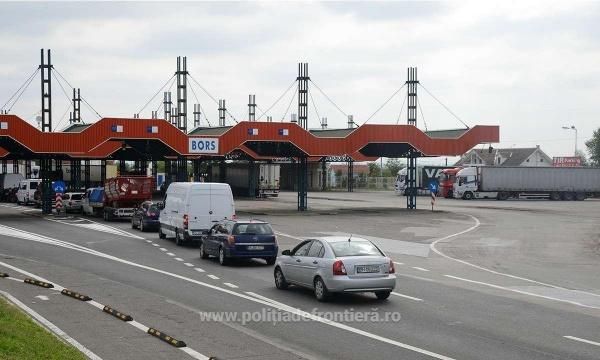 Trafic crescut la graniţa cu Ungaria. Recomandări de vămi mai puțin tranzitate