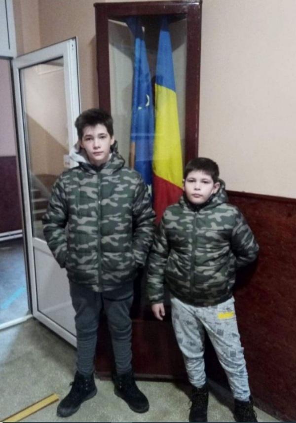 Doi frați din Moftin se bucură de bursele de studiu primite