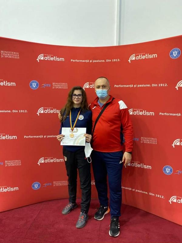 Bronz pentru careianca Cura Roxana la Campionatul Național de atletism juniori 2