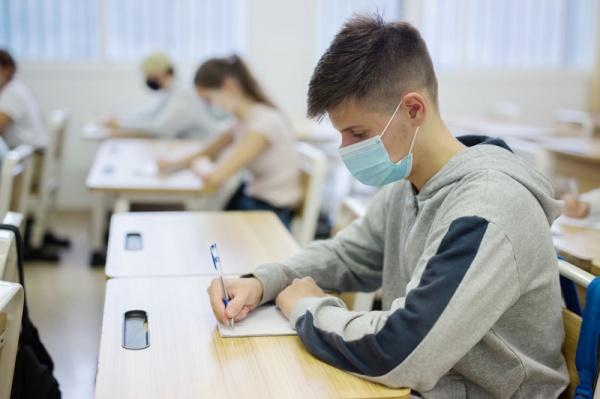 În județ s-au prezentat la simulare BAC 2021 doar 77,72% dintre elevi