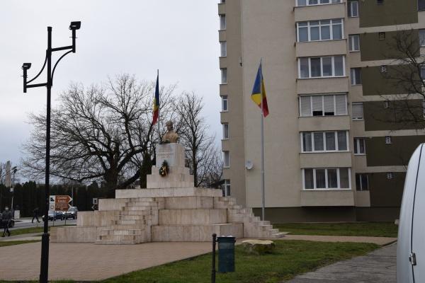 """Proiectul """"Amenajare zonă urbană Piața Avram Iancu din Carei"""" este slab mediatizat de Primăria Carei"""
